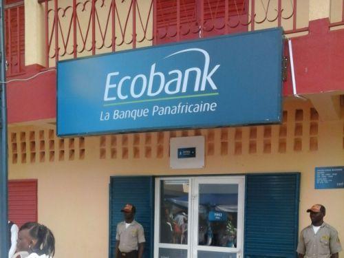 Ecobank Cameroun autorisée à émettre une carte Visa prépayée