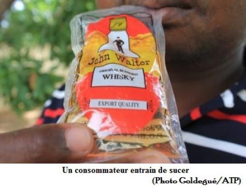 Le gouvernement camerounais hésiterait-il finalement à interdire la production des whiskies en sachets ?