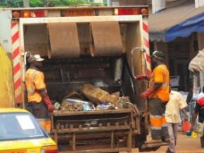 face-aux-difficultes-d-hysacam-l-etat-camerounais-annonce-l-ouverture-du-marche-du-ramassage-des-ordures