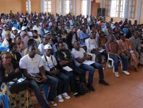 le-gicam-et-la-synergie-de-la-jeunesse-organise-la-1ère-édition-des-journées-de-l'entrepreneuriat-jeunesse-du-12-au-14-février