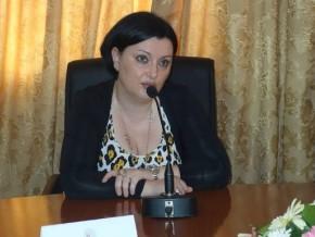 samuela-isopi-l-ambassadrice-d-italie-au-cameroun-rassure-personnellement-paul-biya-sur-les-infrastructures-de-la-can-2019