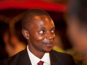 a-23-ans-le-camerounais-alain-nteff-remporte-le-prix-de-la-jeune-entreprise-africaine-au-nyfa