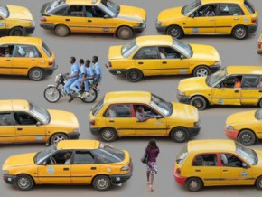 la-communaute-urbaine-de-douala-seduite-par-taxis-vairified-une-application-camerounaise-qui-permet-de-commander-des-taxis-securises