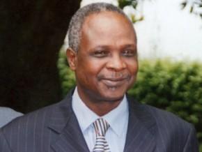 cameroun-le-ministere-de-l-emploi-dresse-une-liste-de-58-entreprises-de-placements-de-travailleurs-illegales