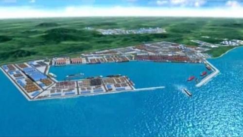 La digue de protection du port en eau profonde de Kribi engloutie par les eaux
