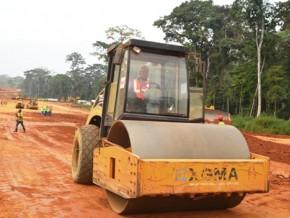 le-gouvernement-camerounais-table-sur-un-montant-d-environ-500-milliards-fcfa-pour-construire-l-autoroute-edea-kribi-100-km-en-2018