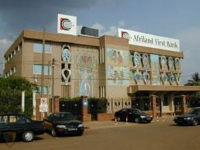 afriland-first-bank-veut-collecter-3-milliards-fcfa-en-2015-sur-son-guichet-banque-islamique