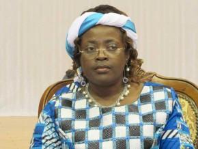 cameroun-la-ministre-des-postes-et-telecoms-veut-connecter-les-handicapes-visuels-au-numerique