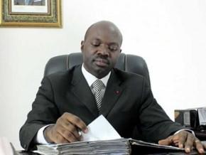 fils-de-prelat-le-livre-de-l-auteur-camerounais-armand-claude-abanda-inscrit-au-programme-scolaire-au-gabon
