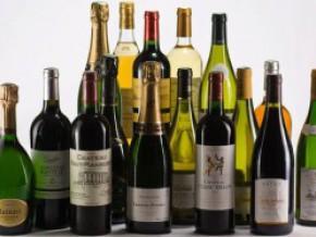 la-douane-camerounaise-annonce-la-traque-des-vins-et-spiritueux-illicites-en-circulation
