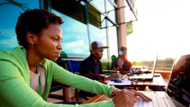les-secteurs-du-numerique-et-de-l-artisanat-ont-domine-l-activite-de-creation-des-entreprises-au-cameroun-en-2016