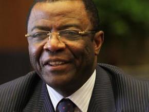 la-chine-offre-au-cameroun-des-equipements-meteorologiques-d-une-valeur-de-plus-d-un-milliard-de-fcfa