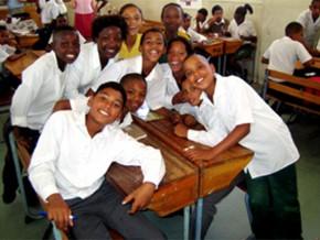 a-travers-son-programme-cd2-education-l-afd-a-deja-construit-478-salles-de-classes-au-cameroun