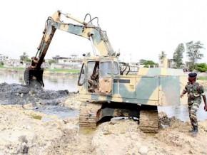 cameroun-la-banque-mondiale-confie-a-l-armee-la-construction-d-une-route-de-205-km-ouvrant-sur-le-nigeria-et-le-tchad