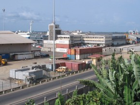 cameroun-le-trafic-au-port-de-douala-a-connu-une-augmentation-de-4-1-au-cours-de-l-annee-2015