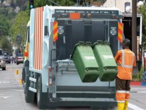 accusee-de-defaillance-dans-le-ramassage-d-ordures-hysacam-annonce-le-deploiement-de-140-camions-a-douala-et-yaounde