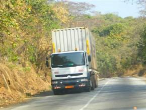 deux-multinationales-et-le-pam-testent-le-titre-de-transit-unique-facilitant-le-transport-des-marchandises-entre-le-cameroun-et-le-tchad