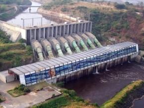 aes-sonel-produira-50-mw-d'électricité-à-douala-pendant-la-réhabilitation-du-barrage-de-songloulou