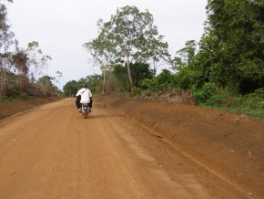 cameroun-deux-prêts-de-13-milliards-fcfa-de-la-badea-et-de-l'ofid-pour-la-construction-de-la-route-yaoundé-kribi