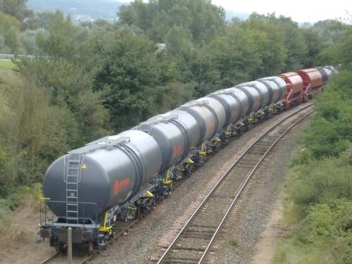 un-blesse-grave-dans-un-deraillement-de-cinq-wagons-citernes-d-un-train-de-camrail-filiale-camerounaise-de-bollore