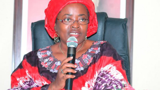 cameroun-le-ministere-des-postes-et-telecoms-prime-les-meilleurs-eleves-en-tic