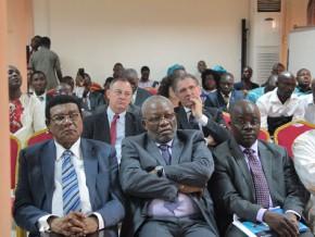 un-incubateur-pour-aider-les-auto-entrepreneurs-camerounais-a-creer-des-start-ups-en-geomatique