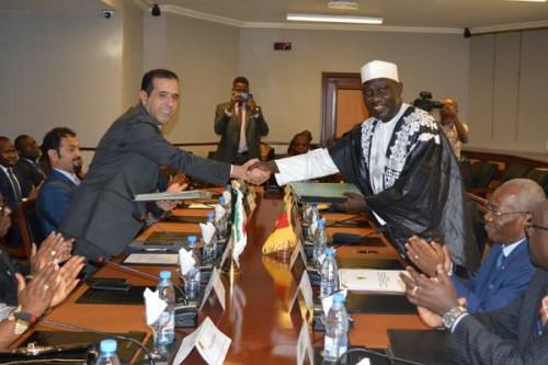 Kamerun z 8,5 milijarde FCFA iz kuvajtskega sklada zaključuje financiranje ceste Olama-Kribi