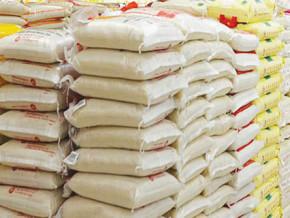 une-cargaison-de-299-sacs-de-riz-de-contrebande-en-provenance-du-cameroun-saisie-au-nigeria