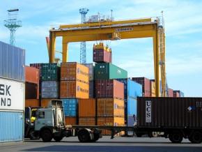 50-produits-bientot-interdits-d-importation-au-cameroun-dont-les-peintures-les-cosmetiques-les-produits-agro-alimentaires