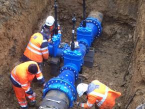 export-finance-deutsche-bank-investit-3-milliards-de-fcfa-dans-un-projet-d-adduction-d-eau-potable-au-cameroun