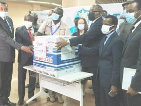 la-banque-mondiale-apporte-son-appui-au-cameroun-pour-l-achat-de-158-400-doses-de-vaccins-johnson-johnson