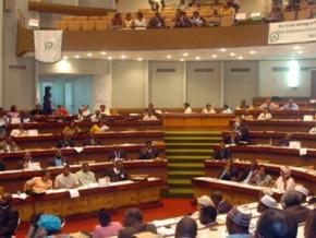 cameroun-l-executif-envisage-le-report-des-elections-legislatives-de-2018-pour-2019