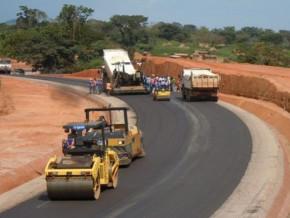 le-cameroun-rassure-les-entreprises-francaises-quant-a-la-primaute-du-reglement-a-l-amiable-sur-tout-contentieux-lie-aux-travaux-routiers