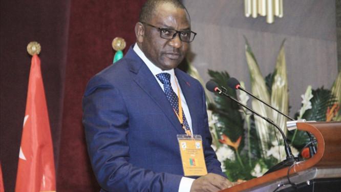 la-douane-camerounaise-resserre-les-controles-aux-frontieres-avec-le-nigeria-pour-eviter-une-propagation-de-la-grippe-aviaire-declaree-dans-ce-pays