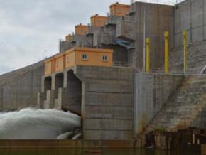 faute-d-argent-les-delais-de-livraison-de-la-centrale-hydroelectrique-de-lom-pangar-ne-seront-pas-respectes