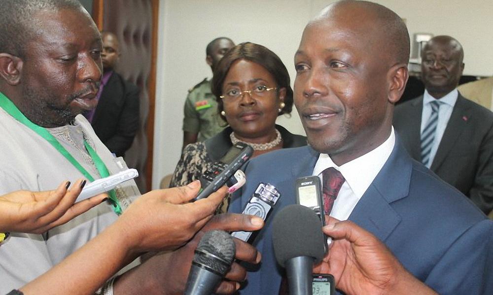 l-entreprise-publique-camerounaise-campost-est-en-train-de-consolider-les-donnees-de-l-epargne-postale-sinistree