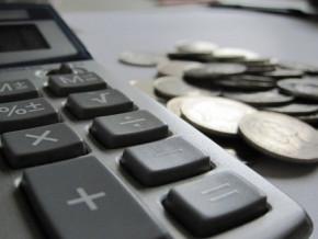 le-cameroun-alloue-2-a-4-fois-plus-de-ressources-aux-frais-d-administration-generale-par-rapport-a-la-plupart-des-pays-comparables