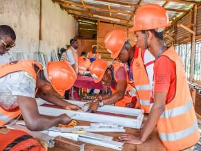 la-pme-igeaf-btp-sarl-ouvre-le-premier-centre-de-formation-professionnelle-en-menuiserie-aluminium-du-cameroun