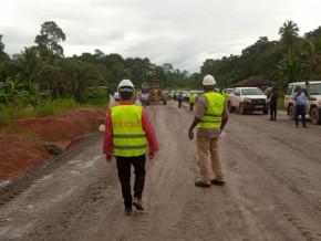 livraison-de-la-route-kribi-grand-zambi-dans-le-sud-du-cameroun-annoncee-pour-mars-2021