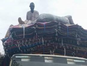 plus-de-1000-pieces-de-nattes-de-contrebande-d-origine-asiatique-saisies-au-cameroun