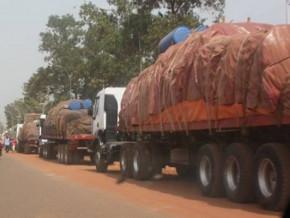 transporteurs-routiers-le-patronat-s-engage-a-appliquer-la-convention-collective-et-a-payer-une-prime-de-risque