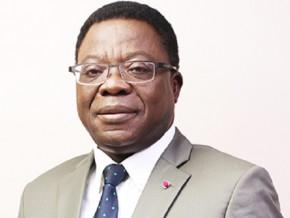 les-banquiers-renflouent-le-fonds-de-solidarite-de-lutte-contre-le-covid-19-au-cameroun-de-265-millions-de-fcfa