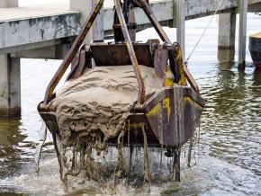 le-port-de-douala-va-gager-34-7-milliards-de-fcfa-sur-30-ans-en-vendant-les-sediments-issus-du-dragage-au-suisse-pukaly