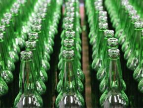 la-socaver-filiale-de-la-societe-anonyme-des-brasseries-du-cameroun-compte-produire-19-000-tonnes-de-verre-en-2019