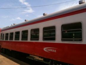 en-prelude-au-2eme-anniversaire-de-la-catastrophe-ferroviaire-d-eseka-camrail-distribue-des-dons-aux-orphelins-des-victimes