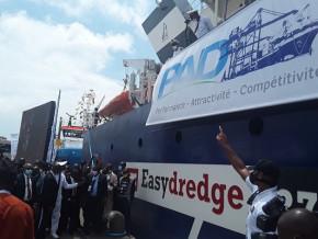 le-port-de-douala-inaugure-des-engins-nautiques-d-une-valeur-de-plus-de-45-milliards-de-fcfa-pour-autonomiser-le-dragage