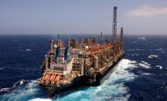 la-2eme-unite-flottante-de-liquefaction-du-gaz-naturel-dans-le-monde-entre-en-production-au-cameroun