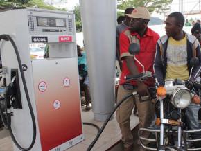 un-retard-d-approvisionnement-des-stations-service-en-carburant-provoque-des-frayeurs-a-yaounde