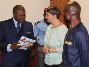 une-strategie-en-gestation-pour-l-implication-des-femmes-dans-la-lutte-contre-la-criminalite-maritime-au-cameroun