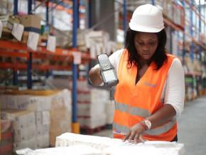 bollore-transport-logistics-cameroun-decroche-le-contrat-pour-la-gestion-des-cargaisons-du-pam-dans-le-golfe-de-guinee
